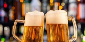 Marina australiana entrega cerveza a ciudad sin suministros por la ola de incendios