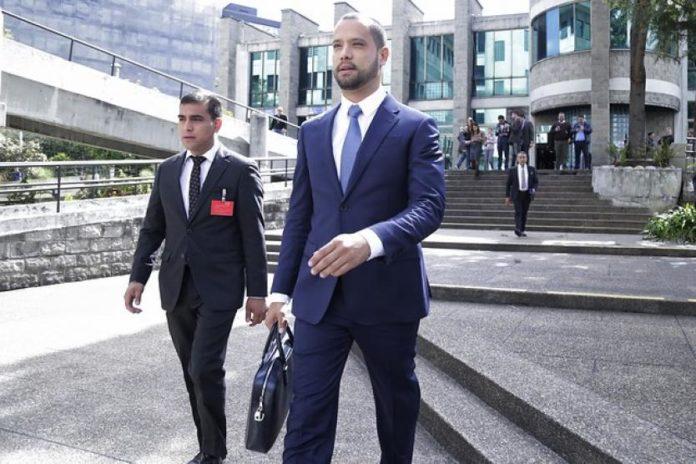 Aplazan audiencia contra el abogado Diego Cadena